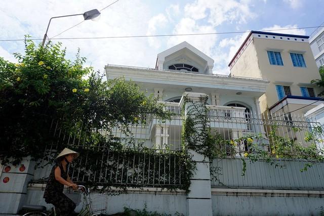 """Vợ """"Bầu"""" Kiên tiếp tục khiếu kiện vụ đấu giá nhà đất tại TPHCM - ảnh 1"""