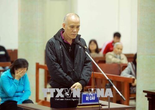 Chùm ảnh: Phiên tòa xét xử vụ án tham ô tài sản tại PVP Land sáng 25/1 - ảnh 2
