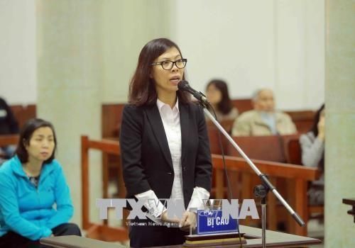 Chùm ảnh: Phiên tòa xét xử vụ án tham ô tài sản tại PVP Land sáng 25/1 - ảnh 3