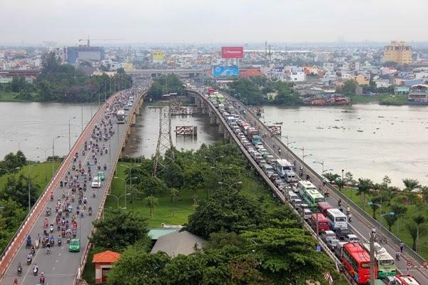 """Việc phát triển các khu đô thị theo kiểu """"lèn chặt"""" theo ranh giới hành chính sẽ thiếu tính bền vững trong tương lai."""