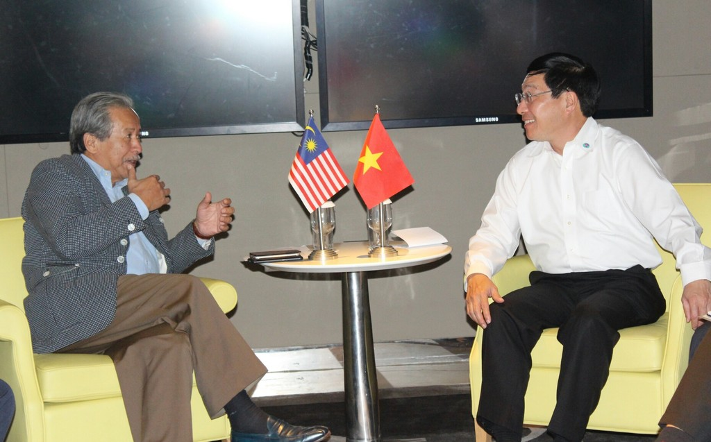 Phó Thủ tướng Phạm Bình Minh gặp song phương các Bộ trưởng Ngoại giao - ảnh 2
