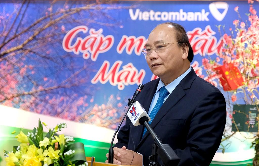 Thủ tướng thăm các ngân hàng đầu Xuân 2018 - ảnh 3