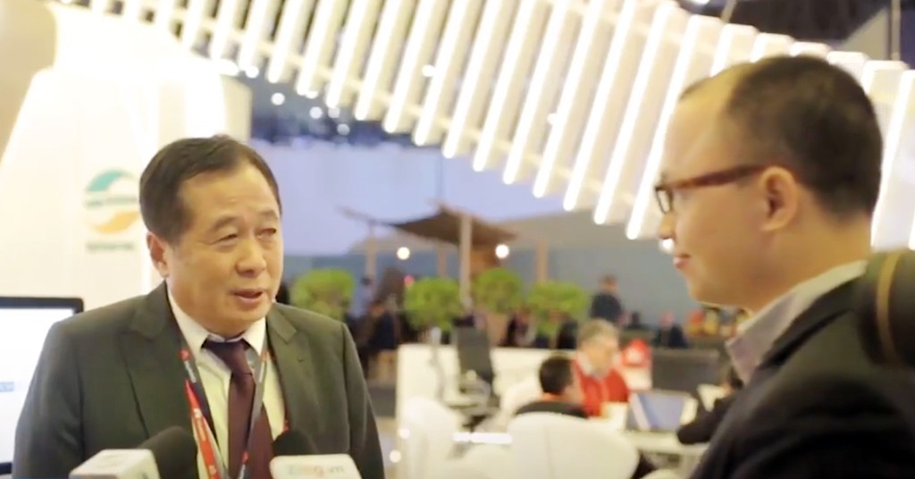 Bộ trưởng Lào tin tưởng vào tương lai của Viettel tại Lào Ông Thansamay Kommasith, Bộ trưởng Bộ Bưu chính Viễn thông Lào tin tưởng vào sự hợp tác toàn diện của Viettel tại đây vào tương lai.