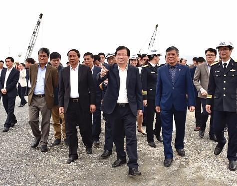 Chính phủ mong sớm có ô tô thương hiệu Việt cạnh tranh sòng phẳng với xe nhập khẩu - ảnh 2