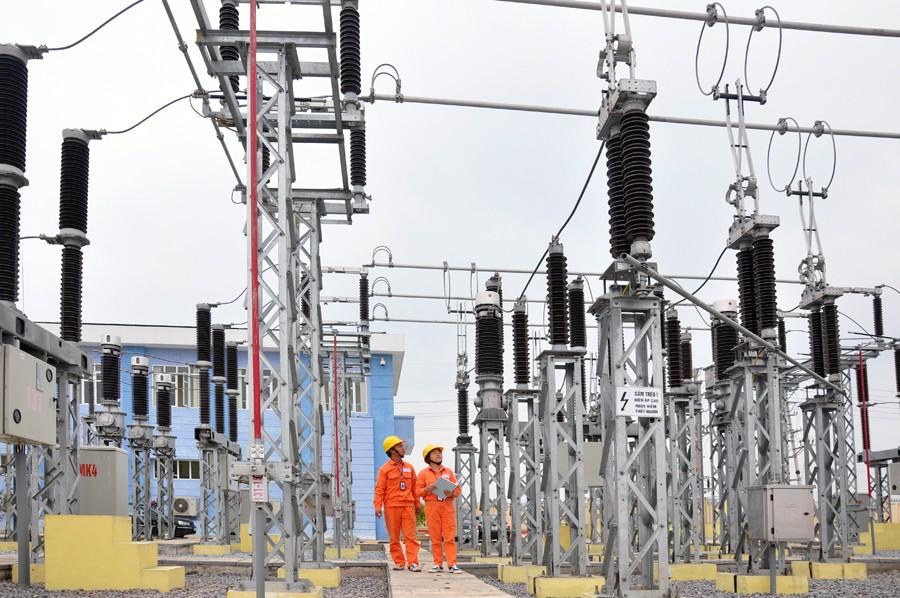 Với những nỗ lực trong công tác đầu tư, xây dựng, quản lý, vận hành EVN đã cung ứng đủ điện phục vụ phát triển KT - XH với độ tin cậy cao. Ảnh VGP