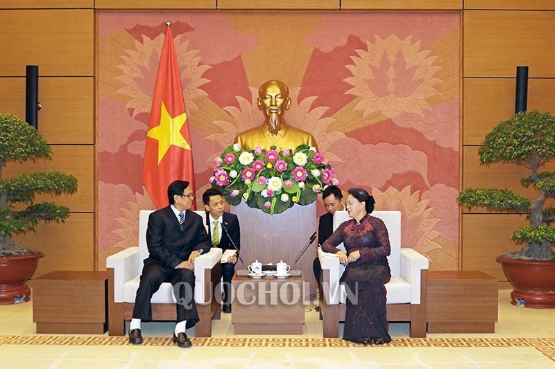 Phó Chủ tịch Quốc hội Myanmar Aye Thar Aung cảm ơn Chủ tịch Quốc hội Nguyễn Thị Kim Ngân đã dành thời gian tiếp đoàn. Ảnh: quochoi.vn