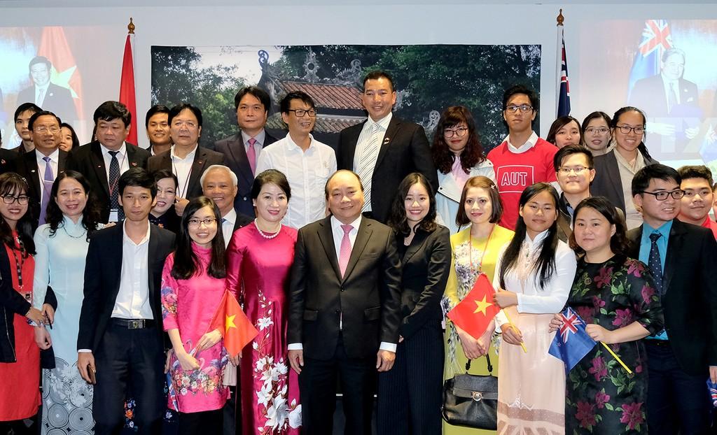 Thủ tướng thăm Đại học AUT và gặp gỡ kiều bào tại New Zealand - ảnh 3