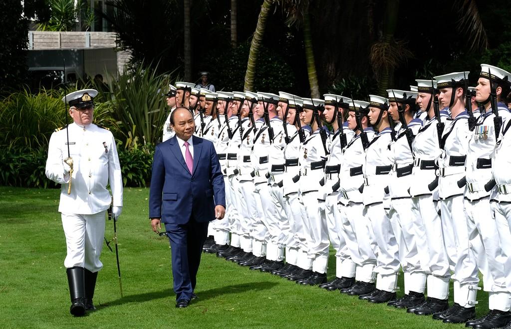 Lễ đón chính thức Thủ tướng Nguyễn Xuân Phúc tại New Zealand - ảnh 5