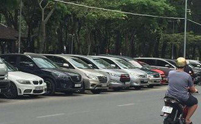 TPHCM bỏ việc thu phí đỗ xe qua đêm dưới lòng đường (từ 0h-6h). Ảnh minh họa