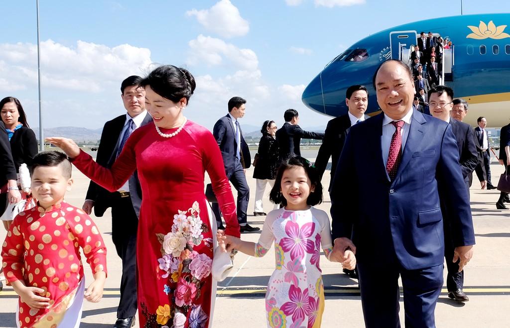 Thủ tướng đến Canberra, bắt đầu thăm chính thức Australia - ảnh 1