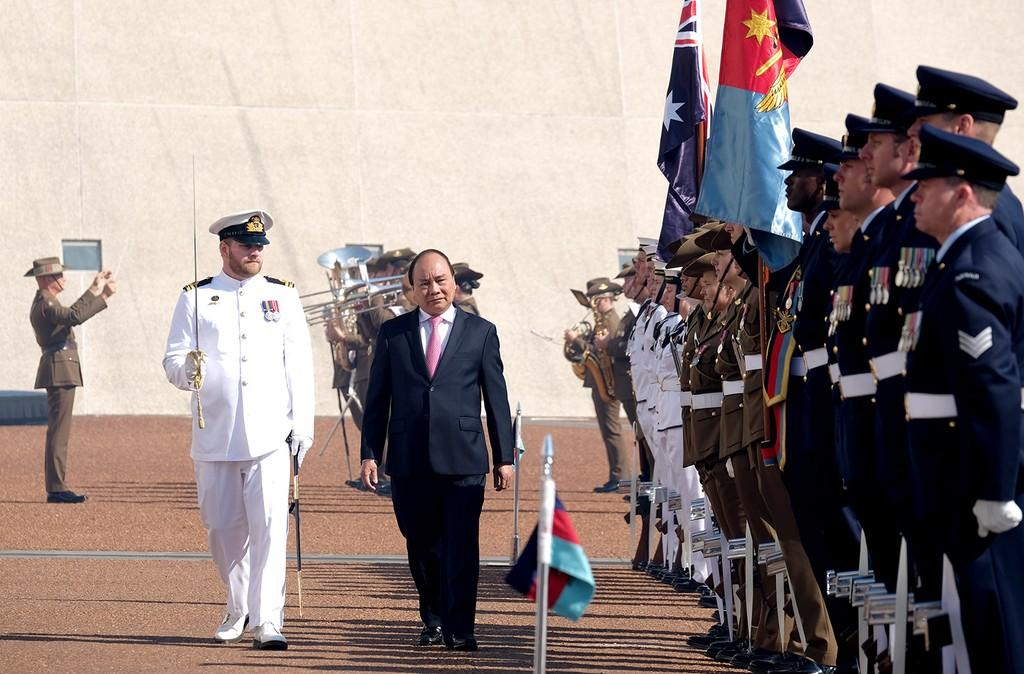 Lễ đón trọng thể Thủ tướng Nguyễn Xuân Phúc tại Australia - ảnh 4
