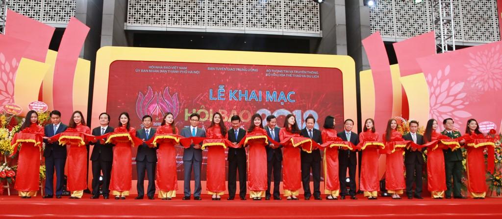 Hội báo xuân năm 2018: Tôn vinh sự đổi mới, phát triển mạnh mẽ của báo chí Việt Nam - ảnh 3