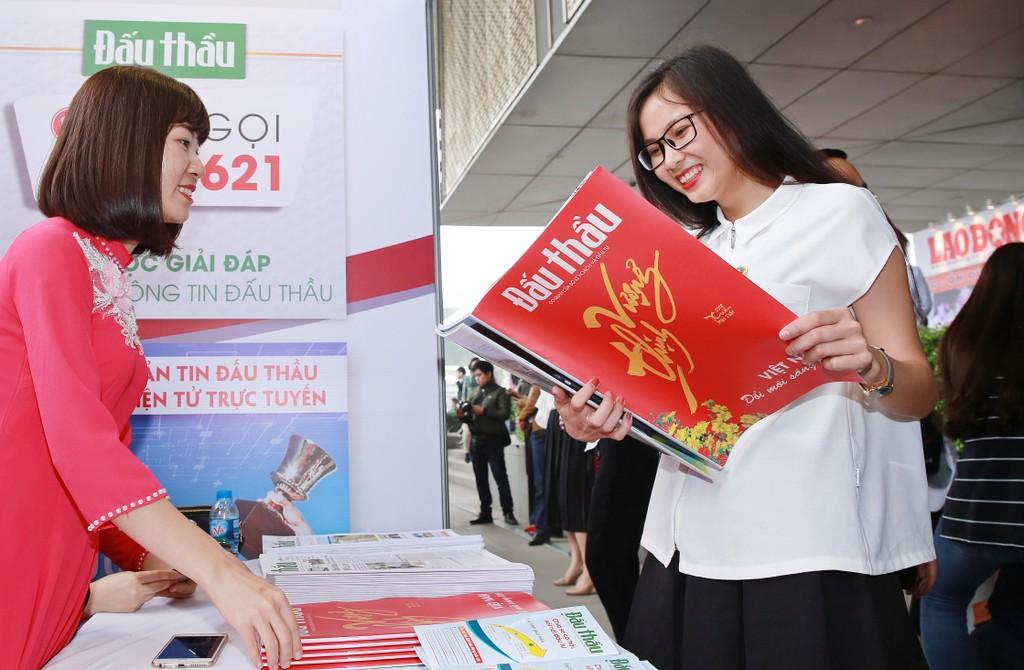Hội báo xuân năm 2018: Tôn vinh sự đổi mới, phát triển mạnh mẽ của báo chí Việt Nam - ảnh 6