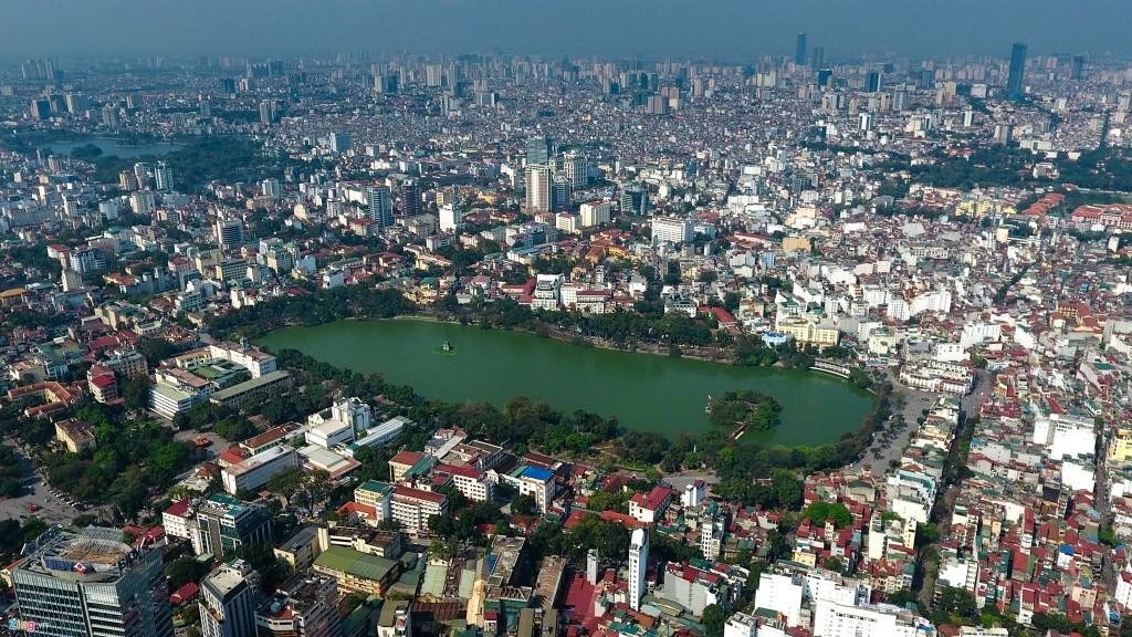 Sau giai đoạn chạm đáy, thị trường văn phòng Hà Nội đang quay lại trên đà phục hồi và tăng trưởng. Ảnh: Zing.vn