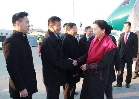 Chủ tịch Quốc hội Nguyễn Thị Kim Ngân đến Thụy Sĩ tham dự IPU-138 - ảnh 1