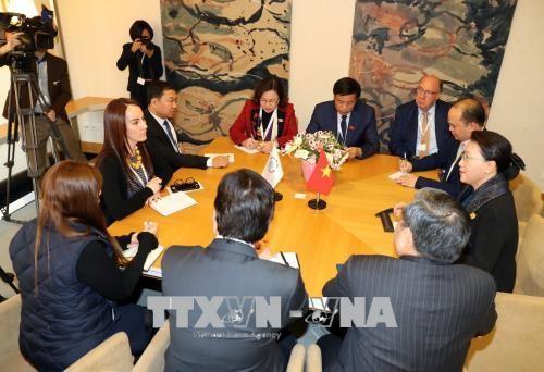 Chủ tịch Quốc hội gặp gỡ, làm việc với Chủ tịch Liên minh Nghị viện thế giới - ảnh 1