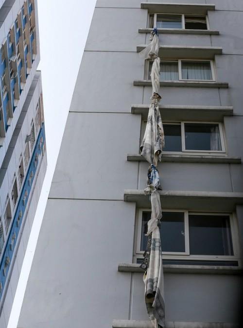 Người mua căn hộ chùn tay sau vụ cháy chung cư Carina - ảnh 1