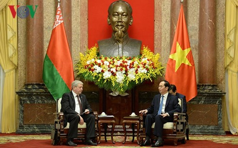 Chủ tịch nước Trần Đại Quang và Phó Thủ tướng Belarus Vladimir Semashko