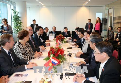 Chủ tịch Quốc hội thăm Công ty NACO tại Hà Lan - ảnh 1