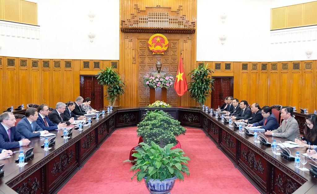 Thủ tướng Nguyễn Xuân Phúc tiếp Phó Thủ tướng Belarus - ảnh 1