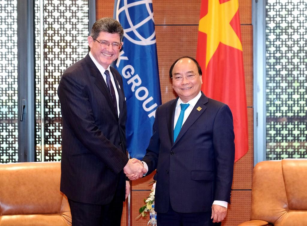 Thủ tướng Nguyễn Xuân Phúc tiếp Tổng Giám đốc điều hành kiêm Giám đốc Tài chính của Ngân hàng Thế giới Joaquim Levy. Ảnh: VGP