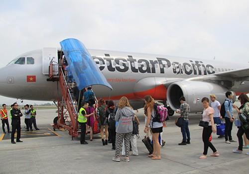 Việc tăng giá dịch vụ sân bay được cho là sẽ tác động tới giá vé máy bay. Ảnh minh họa.