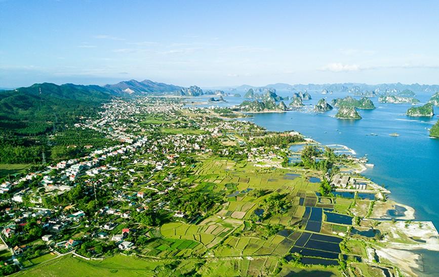 Quảng Ninh tạm dừng lập mới dự án tại Khu kinh tế Vân Đồn