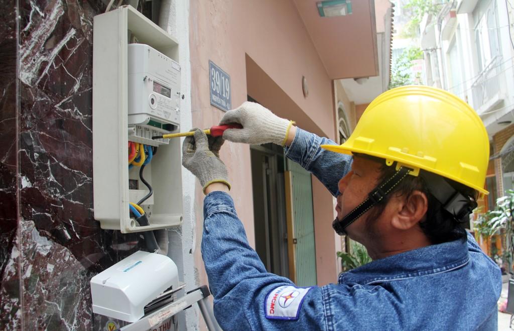Đẩy nhanh tiến độ tự động hóa lưới điện TP.HCM - ảnh 1
