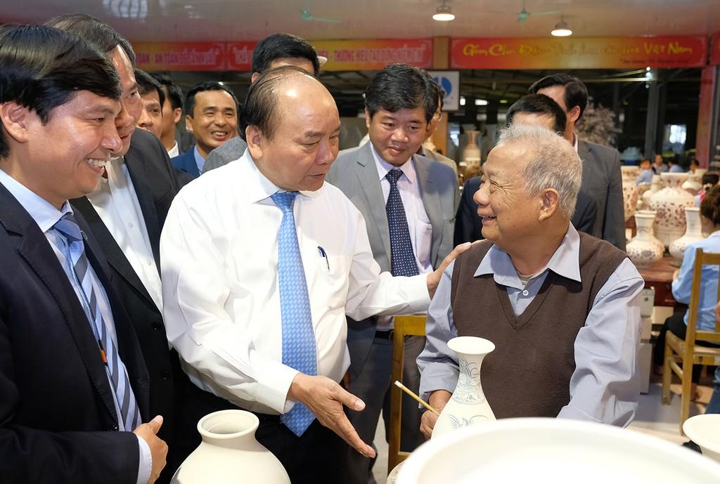 Thủ tướng mong gốm Chu Đậu 'tỏa sáng năm châu' - ảnh 1