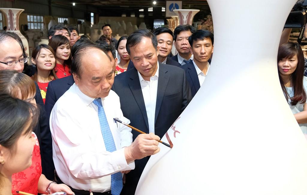 Thủ tướng mong gốm Chu Đậu 'tỏa sáng năm châu' - ảnh 5