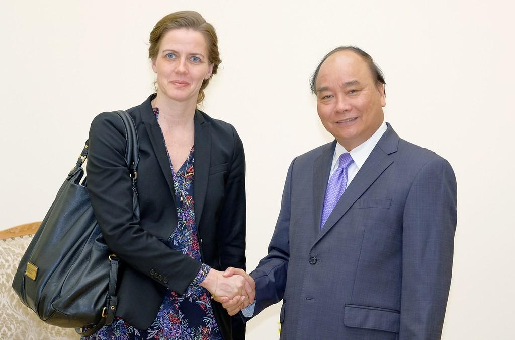 Thủ tướng Nguyễn Xuân Phúc tiếp Bộ trưởng Y tế Đan Mạch Ellen Trane Norb. Ảnh: VGP