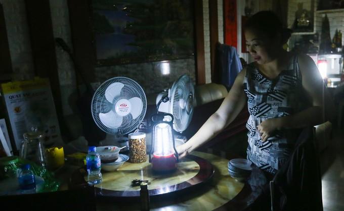 Cuộc sống không điện nước của cư dân Carina - ảnh 6