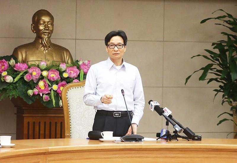 Phó Thủ tướng Vũ Đức Đam phát biểu tại cuộc họp. Ảnh: VGP