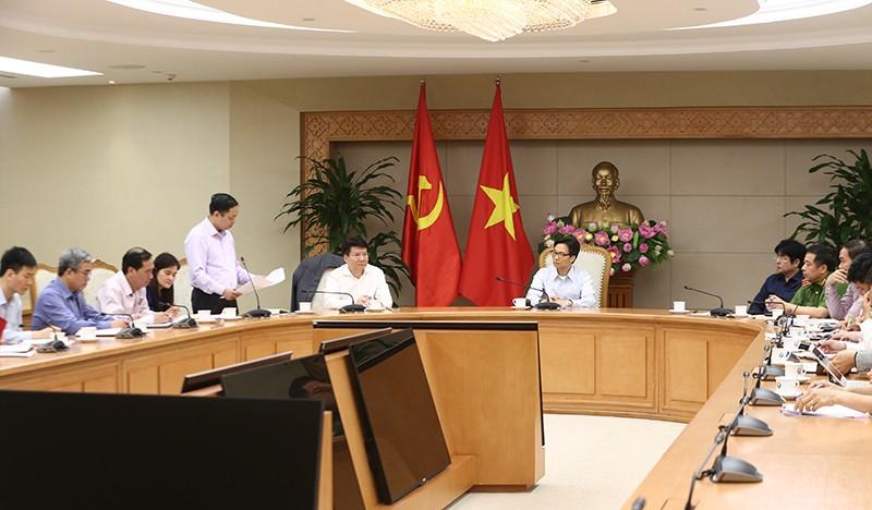 Phó Thủ tướng: Phải nghiêm trị hành vi sản xuất thuốc, thực phẩm chức năng giả - ảnh 1