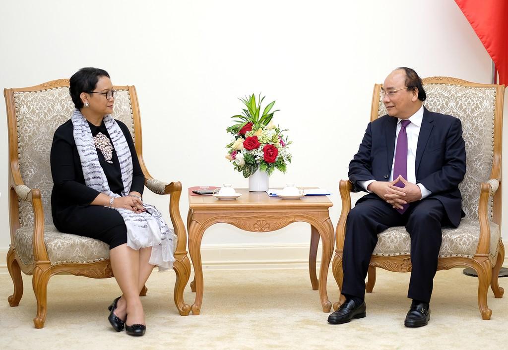 Thủ tướng Nguyễn Xuân Phúc tiếp Bộ trưởng Ngoại giao Indonesia - ảnh 1