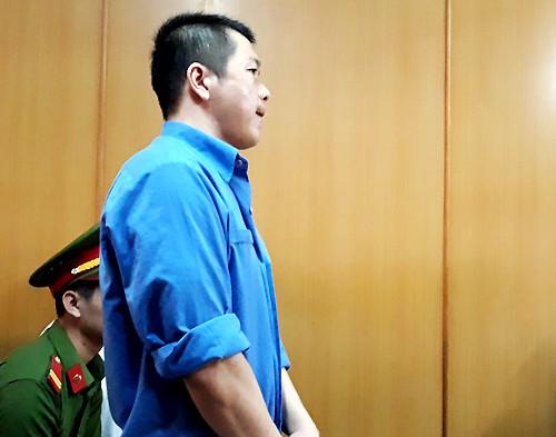Trùm 'logo xe vua' hối lộ CSGT và đồng phạm hầu tòa - ảnh 1