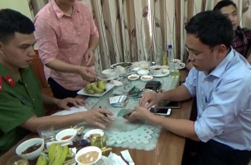 Xét xử cựu nhà báo vòi tiền giám đốc Sở ở Yên Bái - ảnh 2