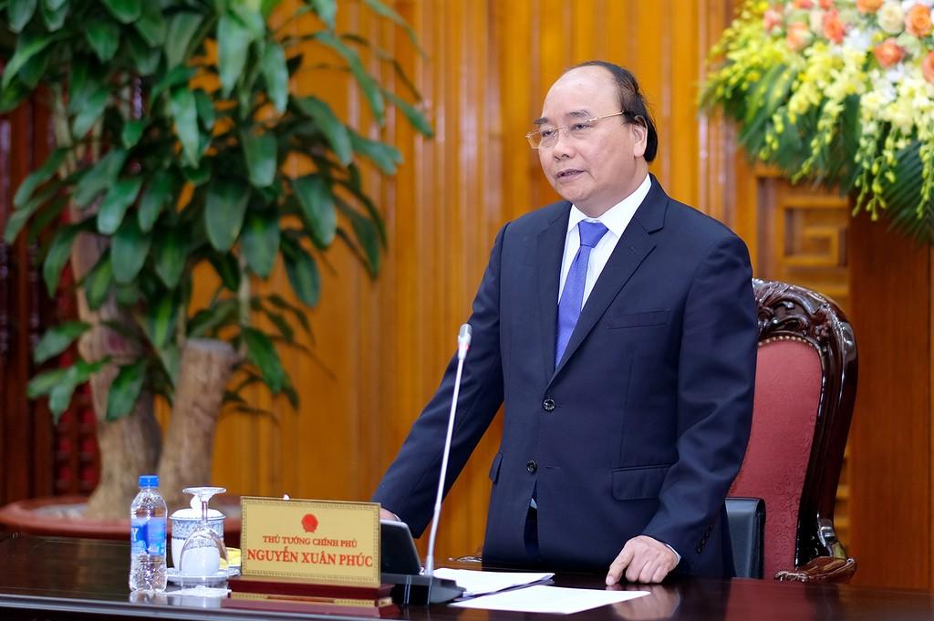 Thủ tướng làm việc với Tổ tư vấn kinh tế. Ảnh: VGP