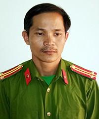 Người đàn ông bị bắt vì giả danh trung tá công an - ảnh 1