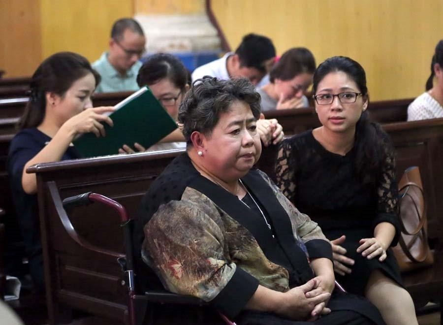 Bà Hứa Thị Phấn tại một phiên tòa năm 2016