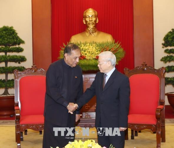 Tổng Bí thư Nguyễn Phú Trọng tiếp Chủ tịch Quốc hội Sri Lanka Karu Jayasuriya. Ảnh: TTXVN