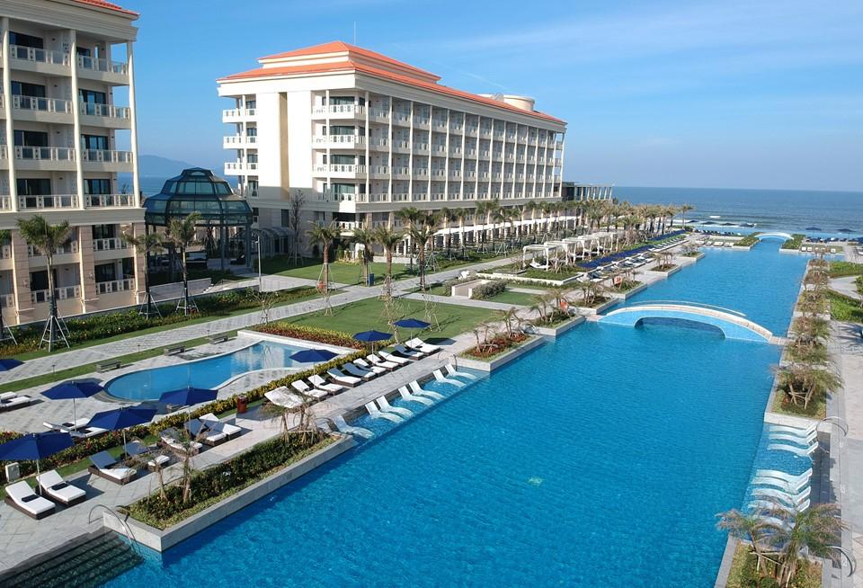 Sheraton Grand Danang Resort là khu nghỉ dưỡng đầu tiên ở Đông Nam Á đạt chuẩn thương hiệu Sheraton Grand.