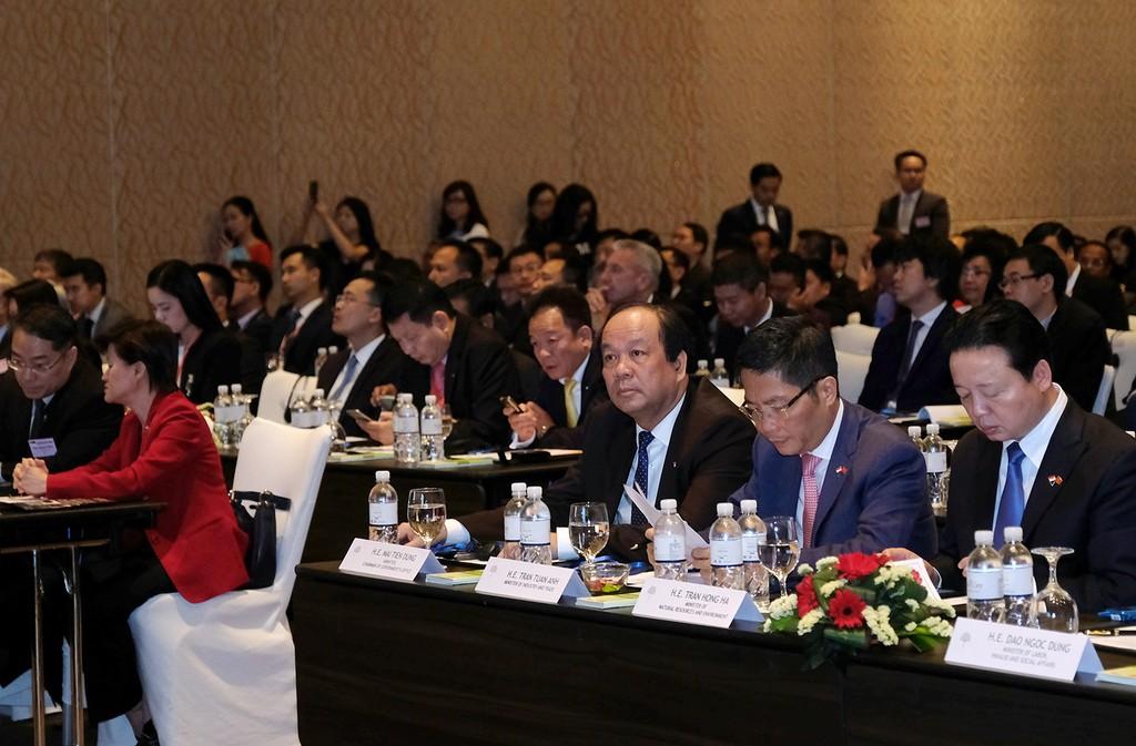 Thủ tướng: Nhiều cơ hội hợp tác mở ra cho các DN Việt Nam-Singapore - ảnh 2