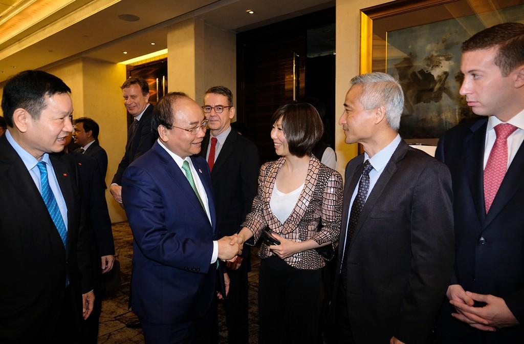 Thủ tướng tọa đàm bàn tròn với các công ty đa quốc gia Singapore - ảnh 2
