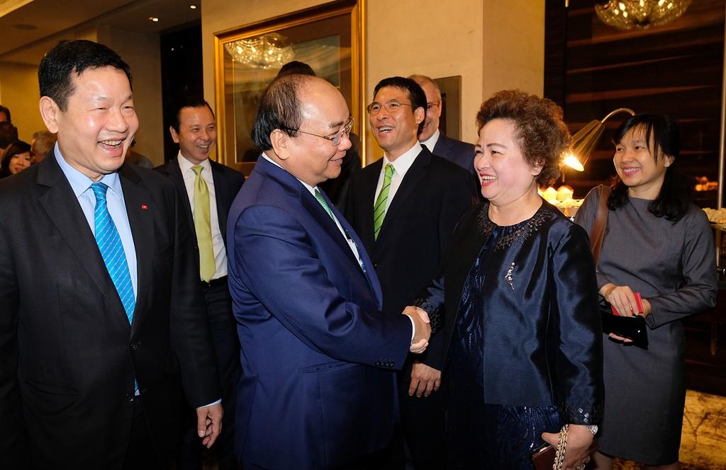 Thủ tướng tọa đàm bàn tròn với các công ty đa quốc gia Singapore - ảnh 3