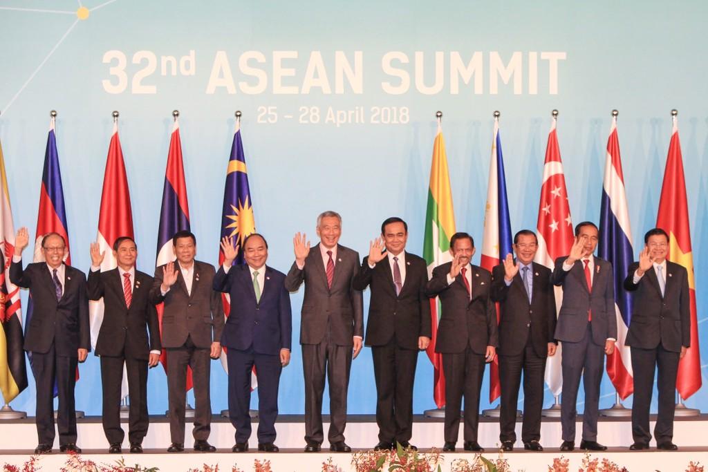 Các nhà lãnh đạo ASEAN tham dự Hội nghị Cấp cao ASEAN lần thứ 32. Ảnh: BTC