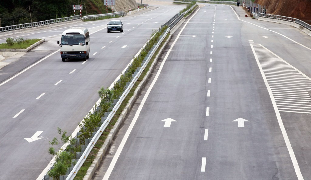 Chính phủ dự kiến xem xét hồ sơ xây dựng Luật PPP tại phiên họp ngày 3/5. Ảnh: Tường Lâm