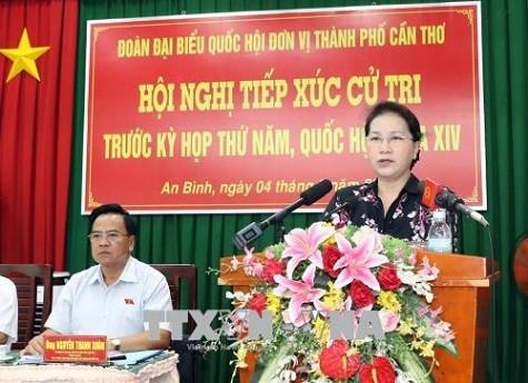 Chủ tịch Quốc hội Nguyễn Thị Kim Ngân phát biểu tại cuộc tiếp xúc cử tri - Ảnh: TTXVN