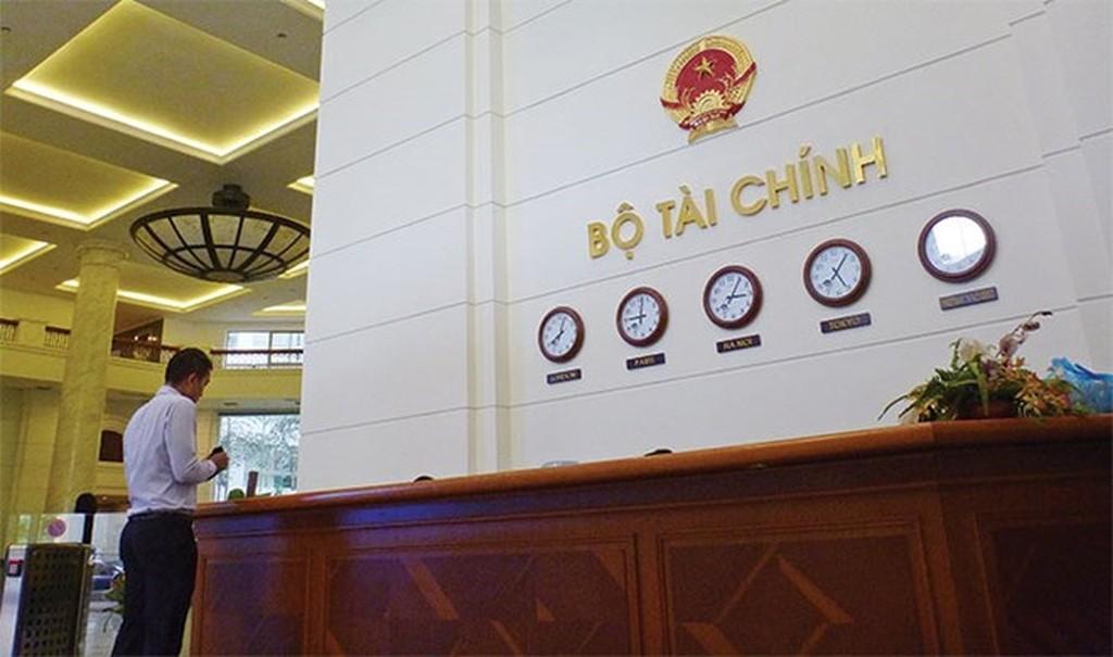 Bộ Tài chính đã rà soát và dự kiến đơn giản, cắt giảm và bãi bỏ 188/370 ĐKKD, đạt 50,8%. Ảnh: Tường Lâm