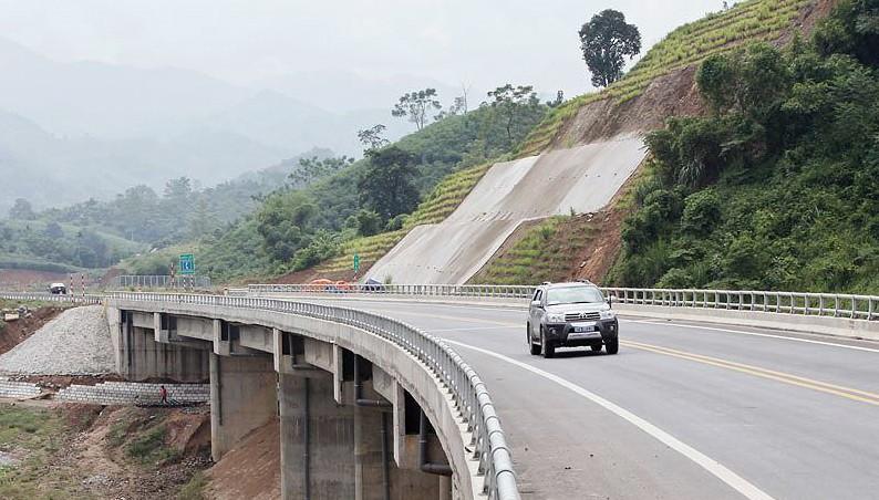 Bộ Tài chính chủ trì kiểm tra, giám sát đảm bảo minh bạch thu giá không dừng tại đường cao tốc do VEC quản lý. Ảnh: Tường Lâm